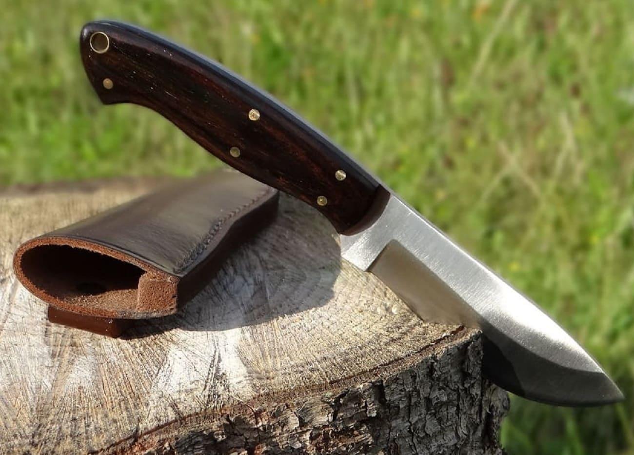 Lederscheide für feststehendes Messer schwarz neu